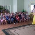 Сценарий развлечения для дошкольников на 1 апреля «April Fool's Day («День смеха»)» на английском языке