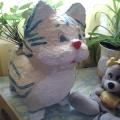 Садовый котик из монтажной пены