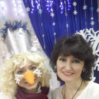 Сценарий новогоднего утренника для детей раннего возраста «Снеговик в гостях у ребят»