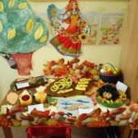 Фотоотчет о выставке поделок «Дары осени» во второй младшей группе