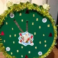 Мастер-класс «Новогодние часы из конфет»