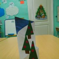Детский мастер-класс «Открытка «Зимние елочки»