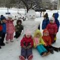 Прогулка с детьми в детском саду «День рождения Снеговички»
