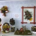 Фотоотчет о выставке семейного творчества «Фантазии из шишек»