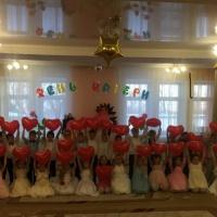 «День Матери». Фотоотчет о празднике в детском саду