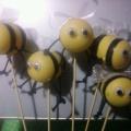 Мастер класс: поделка из бросового материала «Пчелочки»