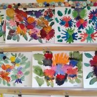 Конспект НОД по рисованию в старшей группе «Ковер из весенних цветов»