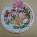 Мастер-класс: поделка из одноразовой тарелки в технике декупажа «Разноцветная тарелка для мам и бабушек»