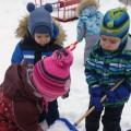 Конспект проведения опыта во второй младшей группе «Свойство снега».