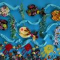 «Рыбки плавают в водице». Конспект занятия по конструированию из салфеток с элементами рисования для детей младшей группы