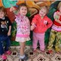 Браслеты для девочек из фоамирана своими руками. Мастер-класс