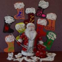 «Дед Мороз и валенки». Конспект НОД с детьми младшей разновозрастной группы из цикла «Обувь»