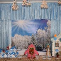 Сценарий Новогоднего утренника для детей младшего дошкольного возраста «Обезьянка Клава в гостях у лесных зверей»