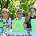 Детский мастер-класс по аппликации «Хоровод из цветов»