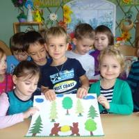 Детский мастер-класс. Коллективная работа по сказке «Два жадных медвежонка»