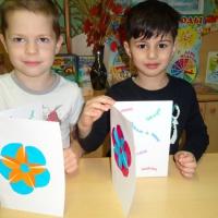 Детский мастер-класс по аппликации «Открытка для мамы»