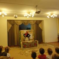 Фотоотчет о спектакле по русской народной сказке «Лисичка-сестричка и волк»