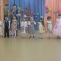 Фотоотчет о проведении праздника 8 марта в средней группе