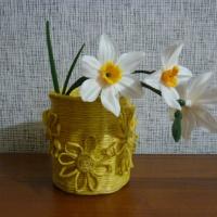 Мастер-класс по работе с бросовым материалом. Декоративное кашпо «Солнечные цветы» своими руками