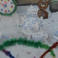 Оформление территории детского сада «Чудеса из снега»