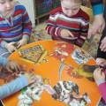 Игра «Разрезные картинки по сказке «Заюшкина избушка» для детей младшей группы