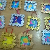 Мастер-класс «Подарок к Дню матери. Рамочки для рисунка»