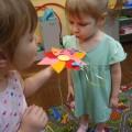 Мастер-класс по изготовлению дидактического пособия «Бабочки на волшебном цветке» (тренировка силы воздушной струи)