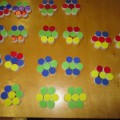 Дидактическая игра из крышек от пластиковых бутылок «Разноцветная мозаика»