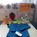 Фотоотчёт с групповой выставки маминого рукоделия «Золотые руки мамы»
