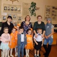 Фотоотчёт «Выступление детей на сцене в Печорском речном училище»