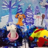 Фотоотчет о выставке совместных творческих работ детей и родителей «Символ 2018 года— собака»