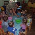 Конспект занятия для детей первой младшей группы по ИЗО деятельности с элементами экспериментирования «Волшебный дождик»
