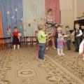 Сценарий осеннего праздника для детей группы раннего возраста «Осень в гости к нам пришла»