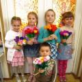 Мастер-класс для педагогов «Тюльпаны из гофробумаги со сладким сюрпризом»