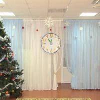 Мастер-класс «Новогодние часы для украшения музыкального зала»