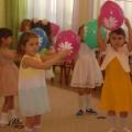 Сценарий развлечения к 8 марта в средней группе «Мамин день»