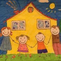 Фотоотчет о конкурсе рисунков «Моя семья»