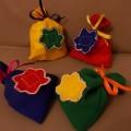 Развивающая дидактическая игра «Мешочки-шумелки» для детей раннего возраста