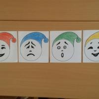 Дидактическая игра с правилами «Узнай эмоцию» по социально-коммуникативному развитию детей в старшей группе