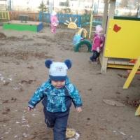 Физкультурный досуг на свежем воздухе в группе раннего возраста «Прогулка с Мишкой»