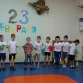 В нашем детском саду праздновали День Защитника Отечества. Отмечали праздник в форме соревнований в силе и ловкости