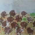 Коллективная работа в средней группе «Ковер для ежиков» (аппликация с элементами рисования)
