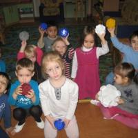 Фотоотчет «Игрушки для ёлки мы делали сами»
