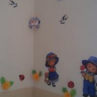 Фотоотчет об оформлении интерьера детского сада «Ласточка с весною в сени к нам летит»