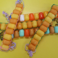 Мастер-класс по изготовлению поделки из контейнеров киндер-сюрприза «Пасхальное яйцо». Воспитателям детских садов, школьным учителям и педагогам - Маам.ру
