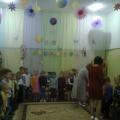 «Сентябрь. Нас школа ждет!»Сценарий развлечения для детей старшей и младшей разновозрастных групп
