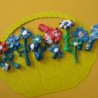 Коллективная итоговая работа к Дню матери «Цветок для мамы»
