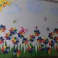 Оформление приёмной группы «Цветик-семицветик»
