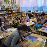 Фотоотчёт «Мастер-класс для мам с детьми. Изготовление подарка для папы к 23 февраля»