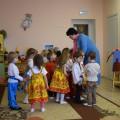 Фотоотчет о НОД по духовно-нравственному воспитанию во второй младшей группе «Русская изба»